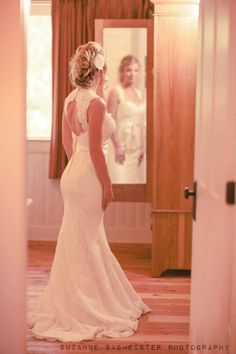 love the back of the dress