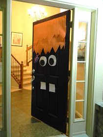 Monster party. Door