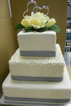 #weddingcake Simple but elegant wedding cake