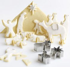 A nativity scene made from cookies?! We love it! #Christmas