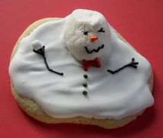Melting Snowman by trulycustomcakery: The more irregular the better! #Cookie #Snowman #trulycustomcakery