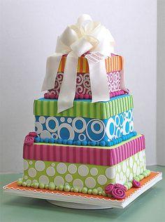 fondant cakes | Using Satin Ice Fondant in Cake Making