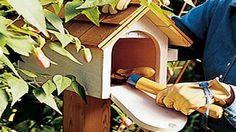 Turn a Mailbox Into an Unobtrusive Backyard Toolbox.  Love this idea!!