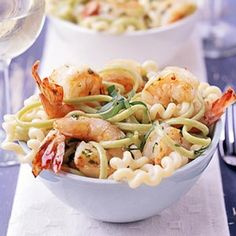 Pasta w/ shrimp and basil