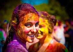 Holi, the festival of colour & India's most fun spring holiday #FriFotos