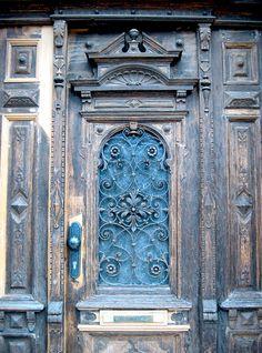 the doors, door knockers, color schemes, blue doors, door colors, front doors, martin luther, old doors, blues