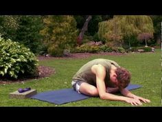 A Deep Release for the Hips, Hamstrings and Lower Back with David Procyshyn - Excellent yoga routine!