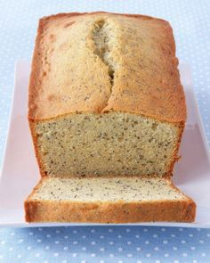 Almond Poppy-Seed Loaf Cake Recipe #spring #springrecipe