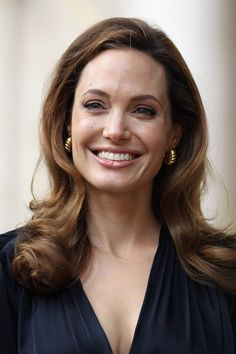 Angelina Jolie Long Side Part