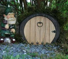 fairi hous, fairi garden, pixie doors, hobbit door, old fashioned christmas, gnome door, elves, fairi door, fairy doors