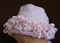 Puffin Loopy Baby Hat & Mitten Set - Crystal Palace Yarns - free knit baby hat pattern