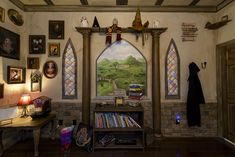 A gift for a 10 year old girl, this Harry Potter themed room can be slept in by anyone--as The Ever After Estate is also a vacation home (theeverafterestate.com) #HarryPotterroom #harrypotterbedroom #harrypotter #harrypotterdorm