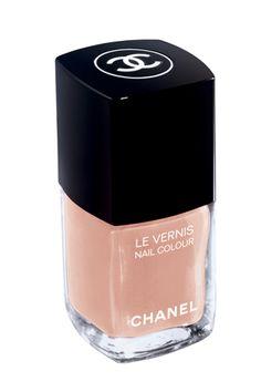 Ballerina Chanel Nail Colour