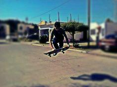 Skatebord its really cool :)