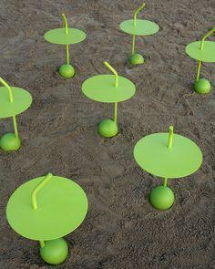 http://www.designboom.com/weblog/cat/8/view/19626/miki-astori-peanut-for-driade.html