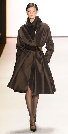 Carolina Herrera warm colors, chocolates, chocolate brown, fall coats, dress, carolina herrera, carolinaherrera, winter coats, style fashion