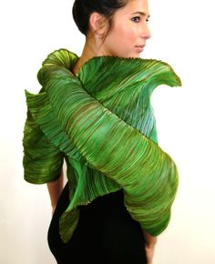 Tahitian Lime Shibori Wrap by Izabela Sauer of Vancouver, B.C. 2013 NICHE Awards Finalist. Category: Fiber, Wearable fiber art
