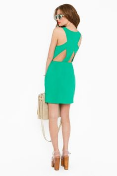 #green  green dresses #2dayslook #new style #greenstyle  www.2dayslook.com