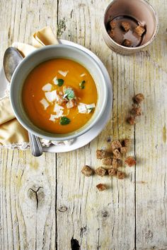 Apple, onion and carrot soup