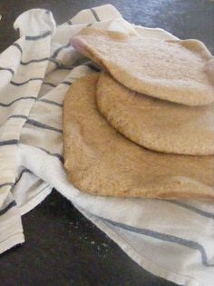 The Complete Guide to Imperfect Homemaking: {Recipe} Homemade Pita Bread (and Pita Chips too!)