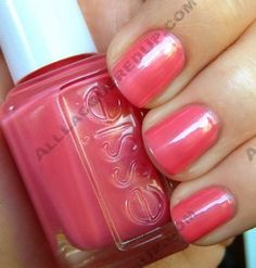 Essie Ball-timore- pinky coral
