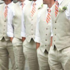 Casual groomsmen: <3 the vest