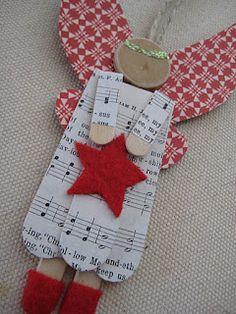 leaf and letter handmade: no-budget Christmas decor: Popsicle sticks!