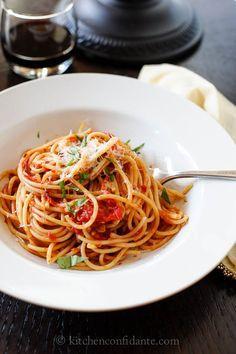 spaghetti with fresh tomato basil sauce