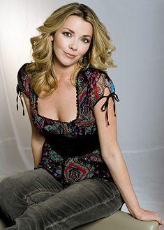 Christie Clark as Carrie Brady