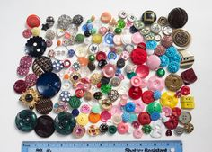 US $10.95 Used in Collectibles, Sewing (1930-Now), Buttons