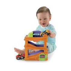 Fisher-Price Lil' Zoomers Chase 'n Race Ramps. Read more at http://www.toys-zone.com/fisher-price-lil-zoomers-chase-n-race-ramps/