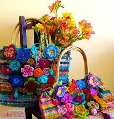 bolsos de ganchillo con flores