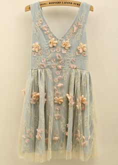 Blue V Neck Sleeveless Bead Pleated Lace Dress