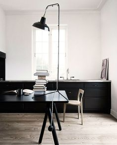 Minimalist Office Literally in love with this, especially the light...