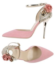 Elegant pink wedding pumps with gold sparkles and roses.