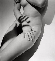 Roger Schall, Assia, 1933
