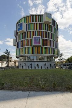 Arc en Ciel    Bordeaux, France    Architects: Bernard Buhler Architects