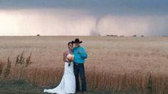 news, country weddings, dream wedding, wedding guests, tornados