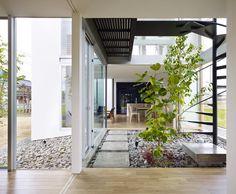 Stunning house in Masaki by Hayato Komatsu Architects