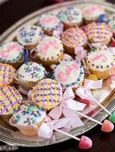 Baby Shower Food Ideas baby shower cupcakes, baby shower ideas, baby shower favors, mini cupcakes, food idea, baby shower foods, cupcak rattl, babi shower, baby showers