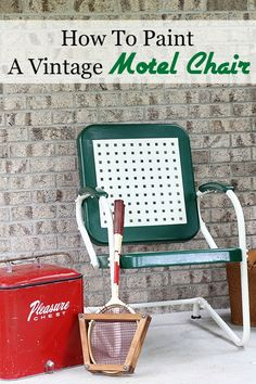 Easy to follow DIY tutorial on how to paint a vintage metal motel chair