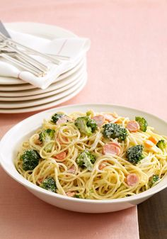 Pasta Primavera Alfredo — Creamy Alfredo sauce made with cream cheese adds savory flavor to pasta, broccoli and carrots in this mouthwatering entrée.