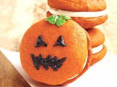 pumpkin cookies, cake mixes, whoopi pie, jack o lanterns, pie recipes, halloween treats, whoopie pies, halloween ideas, pumpkin pie