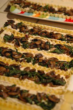 spinach mushroom, vegan lasagna rolls, roll lasagna, spinach and mushroom lasagna
