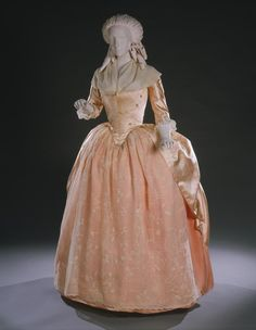 Robe a l'anglaise retrousee ca. 1780 From the Philadelphia...