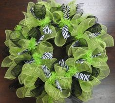 Mesh Wreaths. wreaths