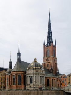 Riddarholmen Church. Groin vaulting makes me hard.