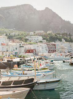 The port of Capri.