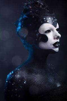 Jolie-Louise Beauty Shoot by Chaz Barnes