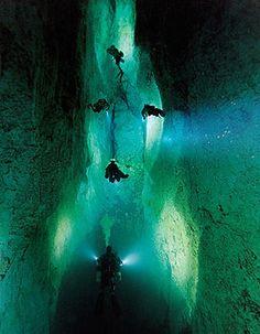 Bahamas Cave Dive